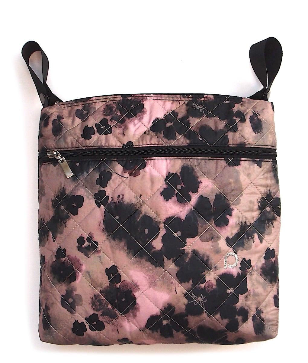 kliknutít zobrazíte maximální velikost obrázku malá taška Black Flowers-crossbody